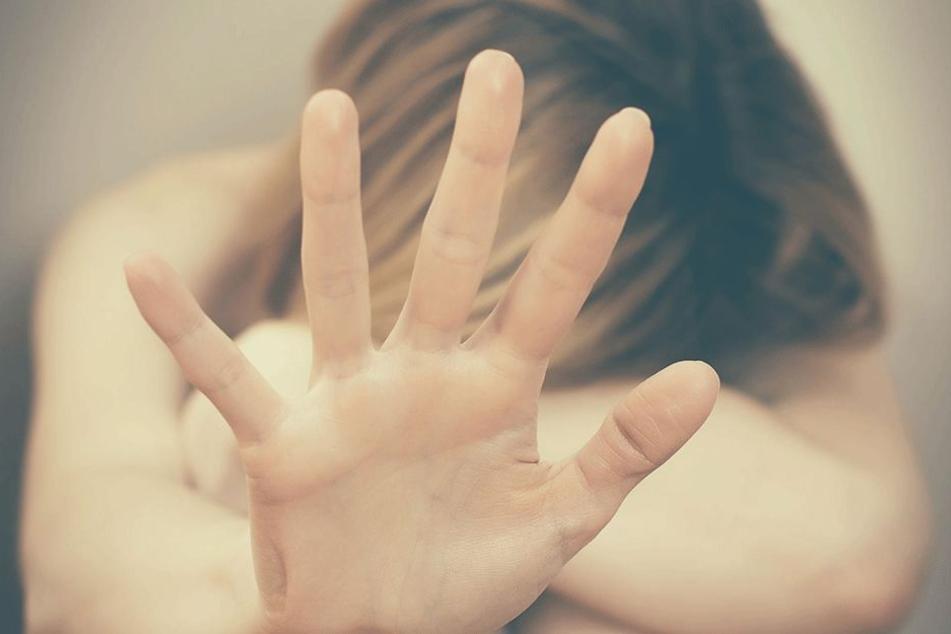 Sie wurde gewürgt und konnte nicht atmen (Symbolbild).