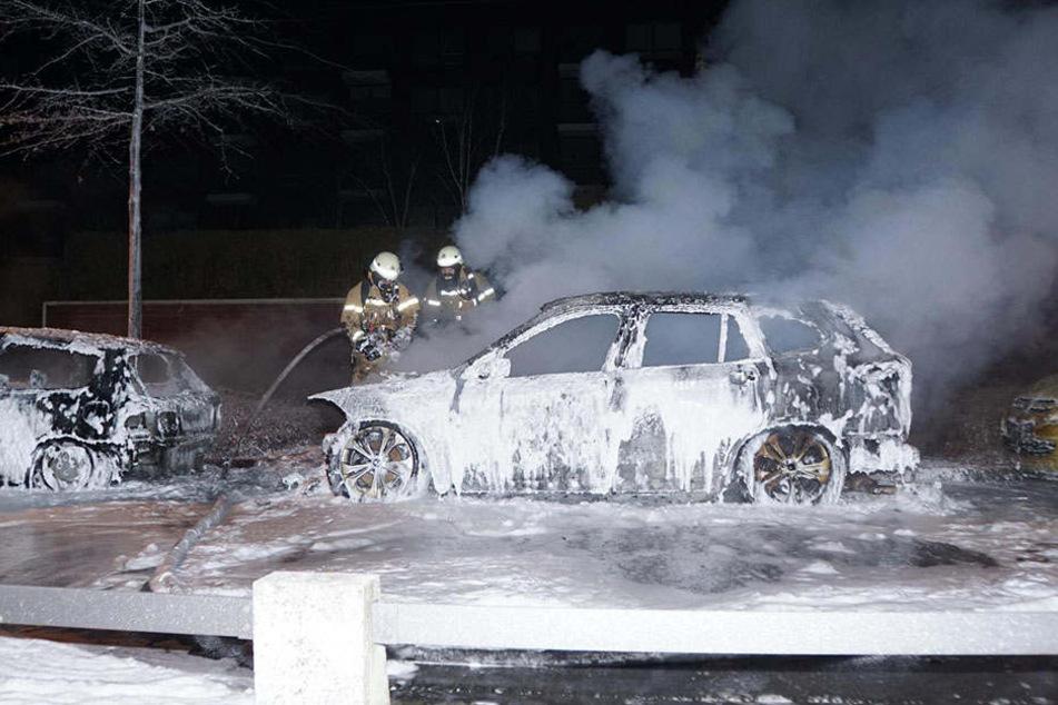 Der BMW brannte komplett aus