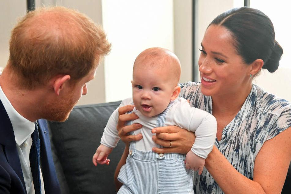 Der britische Prinz Harry und seine Frau Meghan sind gemeinsam mit ihrem Sohn Archie zu Besuch in Kanada.