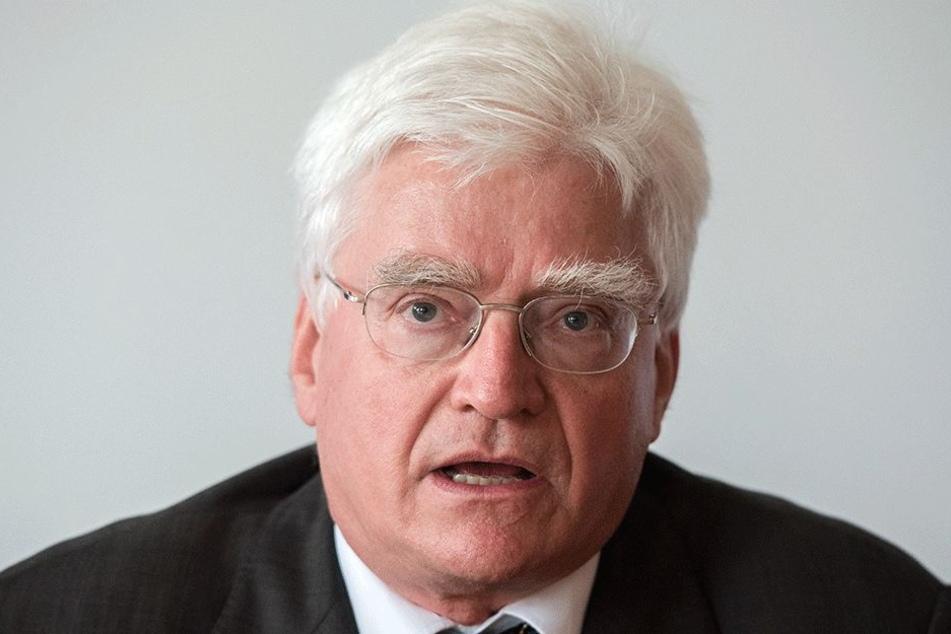 Investor Winfried Stöcker (71).