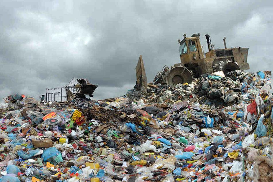 Schrecklich! Ein vermisstes Mädchen ist auf einer Mülldeponie im Norden Indiens tot aufgefunden worden. (Symbolbild)