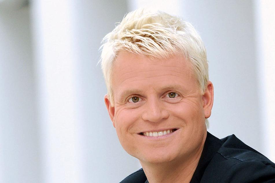 Goldjunge Guido Cantz (45) schafft es, bei Verstehen Sie Spaß Prof. Boerne aus seiner coolen Rolle zu bringen.
