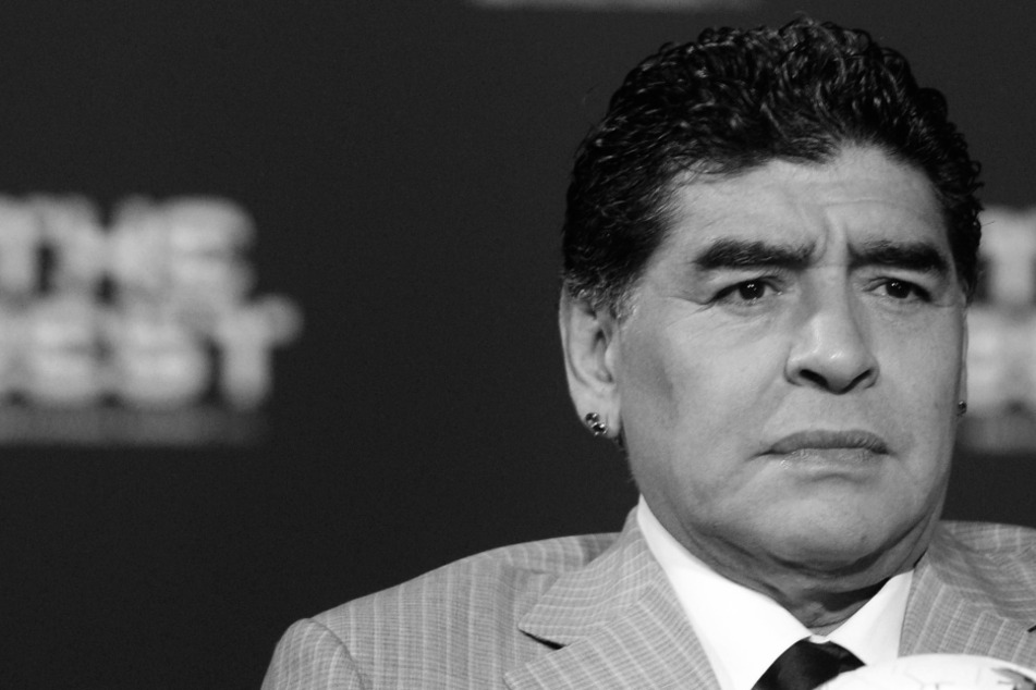 Herzzerreißendes letztes Video von Diego Maradona aufgetaucht!