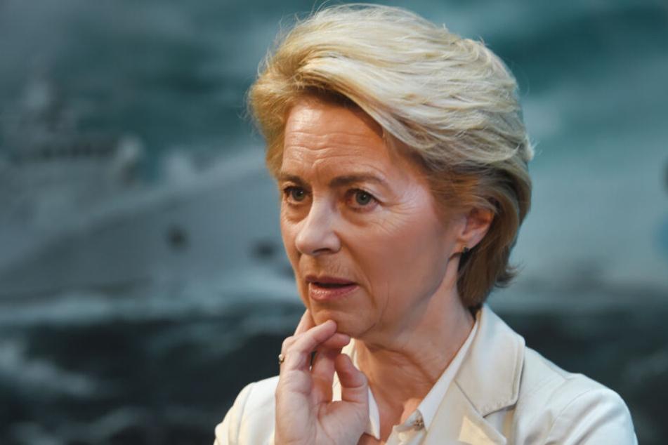 Dem Verteidigungsministerium rund um Ministerin Ursula von der Leyen (CDU) liegt ein elfseitiges Schreiben mit der Kritik von Heckler & Koch vor.