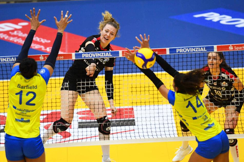 Maja Storck (2.v.l.) präsentierte sich in Top-Form und wurde als wertvollste Spielerin ausgezeichnet.