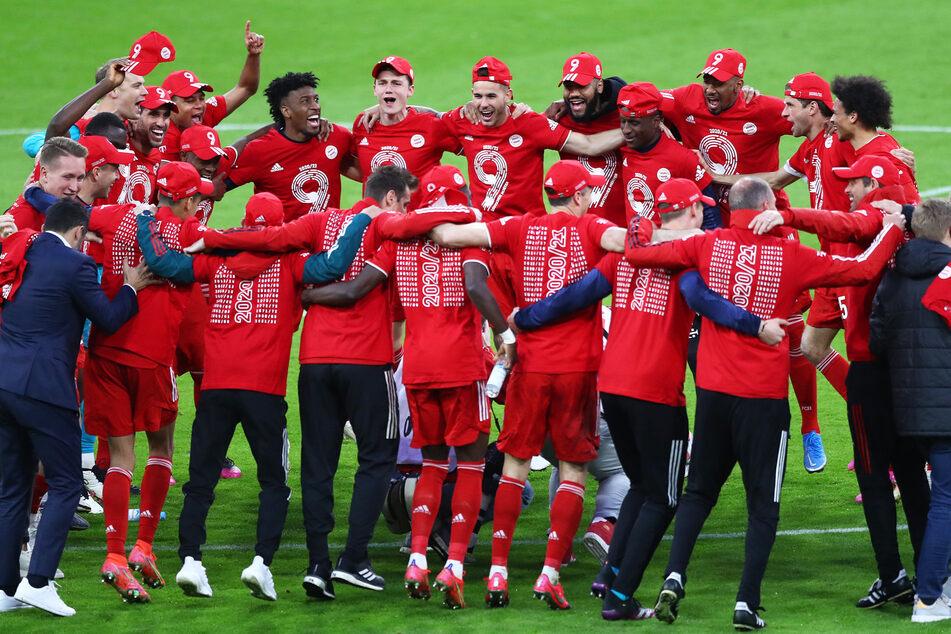 Nur noch die Spieler und Vereinsangehörige dürfen im Trainingslager der Bayern bleiben, die zuletzt die Meisterschaft gewonnen hatten.