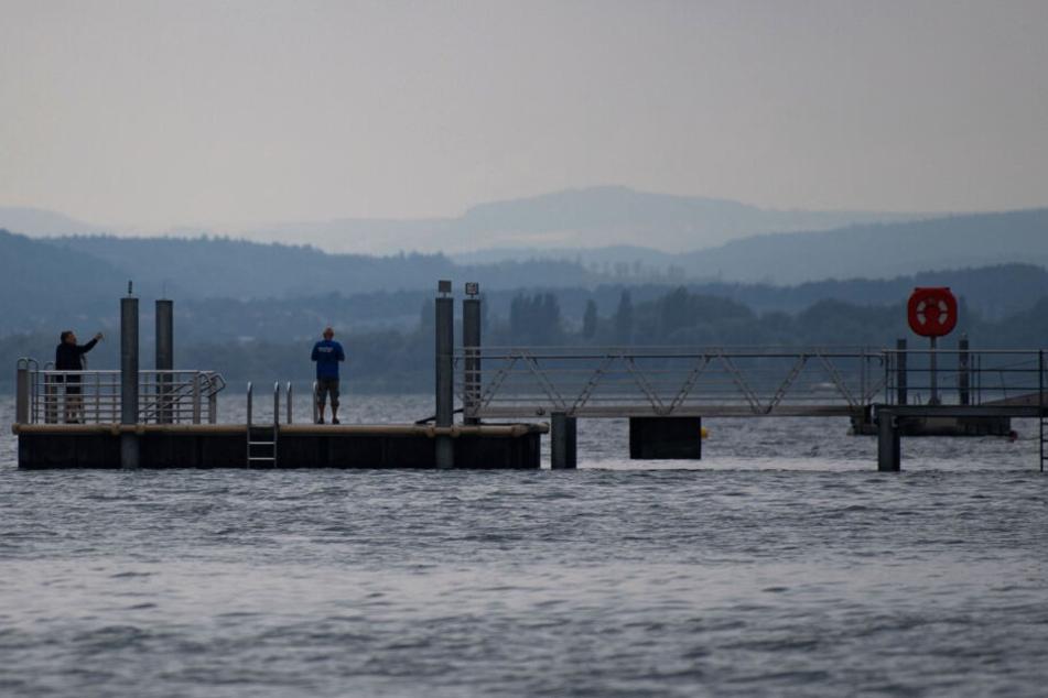 Auch am Wasser wurde gesucht: Der Bodensee. (Symbolbild)