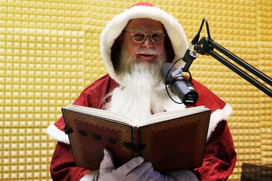 """Der 49-Jährige liebt seinen """"Nebenjob"""": Er ist seit über 20 Jahren Weihnachtsmann auf Bestellung."""