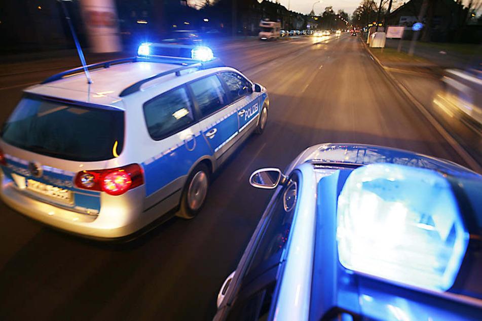36-Jähriger rammt Streifenwagen und verletzt drei Polizisten