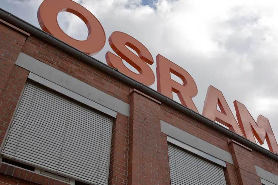 Das OSRAM-Werk in Berlin soll geschlossen werden, 220 Mitarbeiter verlieren dann ihre Arbeit.