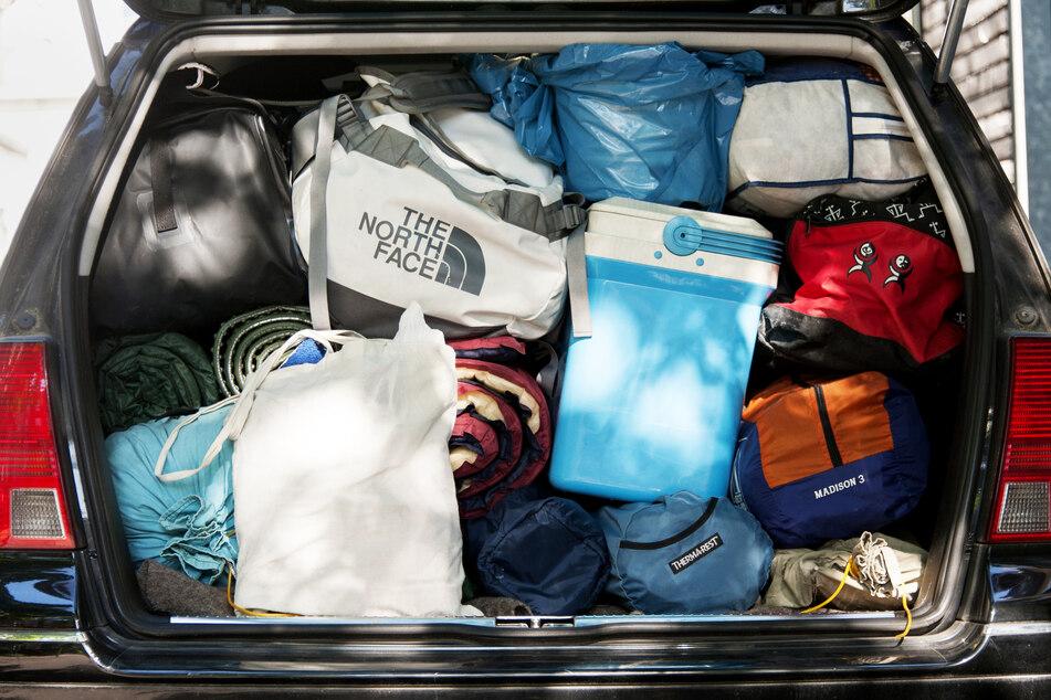 Viele Urlauber werden mit dem Auto verreisen.