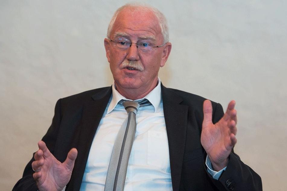 """90 Prozent der Vorbereitungen sind """"in Sack und Tüten"""", so Finanzbürgermeister Bernd Meyer."""