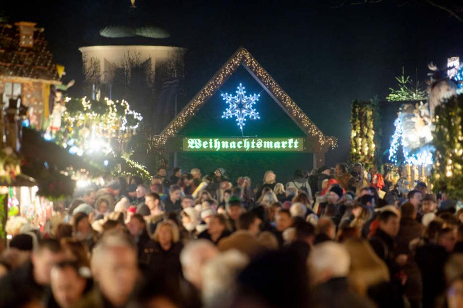 Standgebühr Weihnachtsmarkt Stuttgart.150 000 Euro Für Lichter So Teuer Ist Die Weihnachtliche