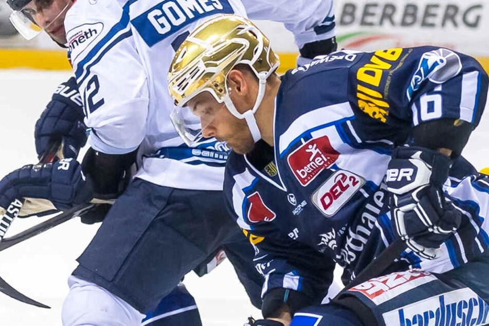 Marius Garten wirbelt mit seinem Goldhelm aktuell befreit übers Eis und trifft fast nach Belieben.