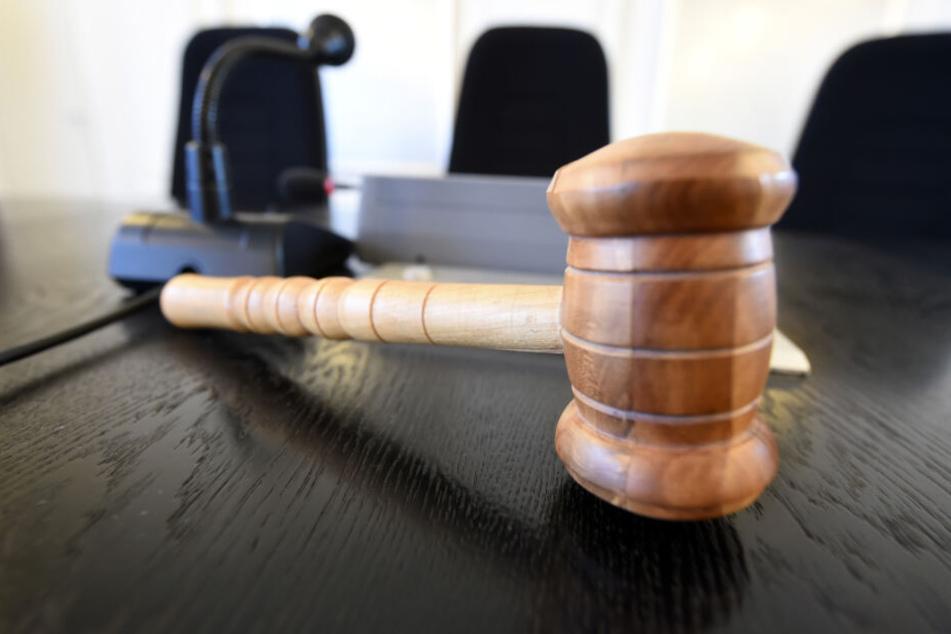 Das Münchner Oberlandesgericht schlug einen Vergleich vor. (Symbolbild)