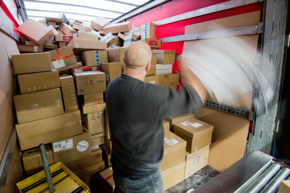 Wegen Paketflut: So viele neue Stellen plant die Deutsche Post