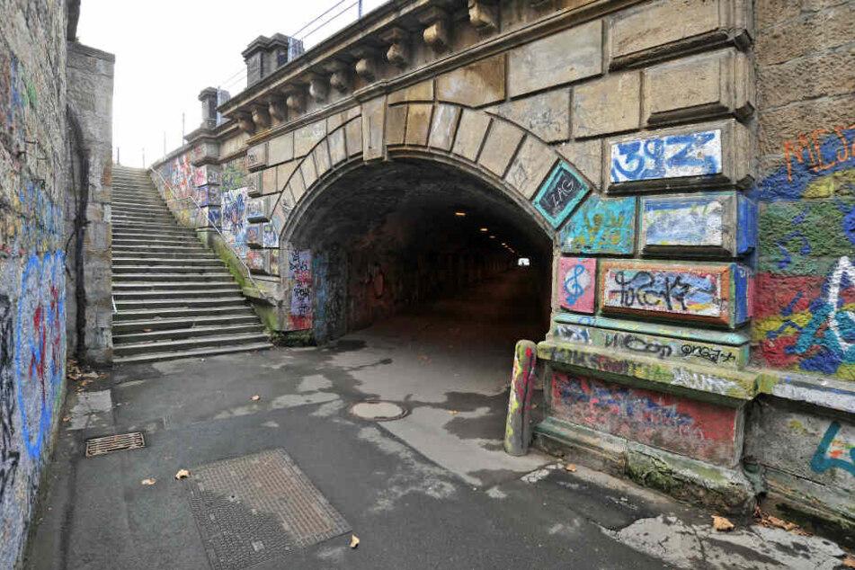 Auch die Treppe zur Dresdner Straße wird saniert.