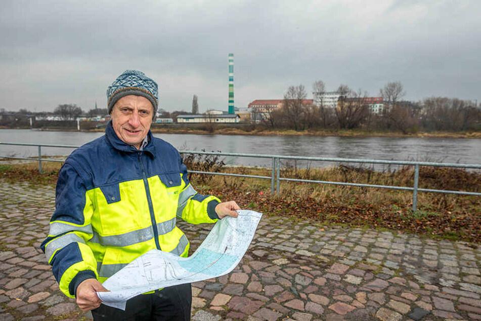 Norbert Gassel (58) plant bei der DREWAG die technologisch extrem anspruchsvolle  Elbe-Unterführung.