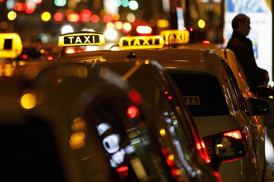 Taxis für die Silvesternacht ausgebucht! So kommt Ihr trotzdem nach Hause