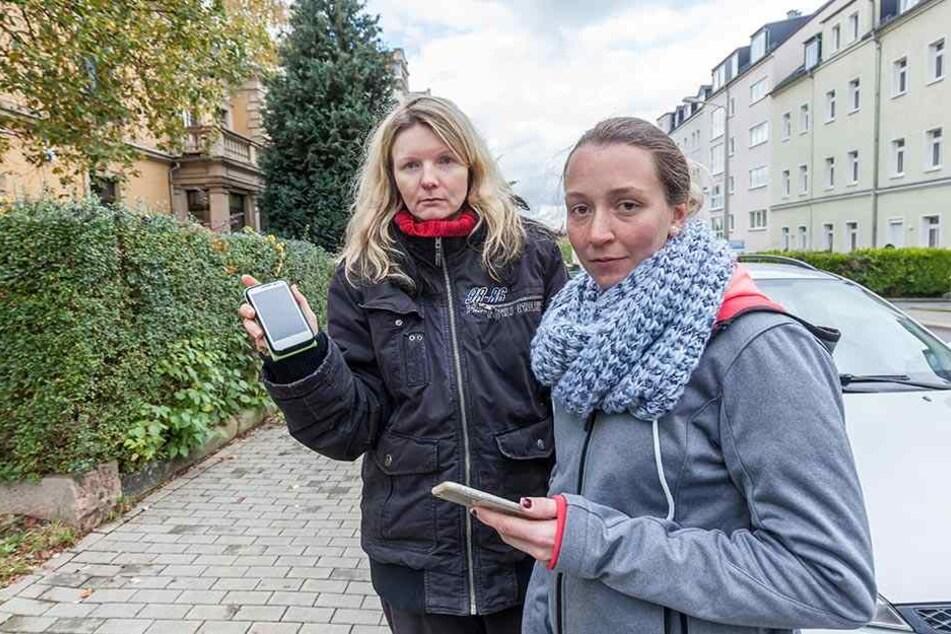Mandy Q. (36) sucht mit Freundin Kathrin Masche (29,r.) nach ihrer Tochter Celine Q. (14).