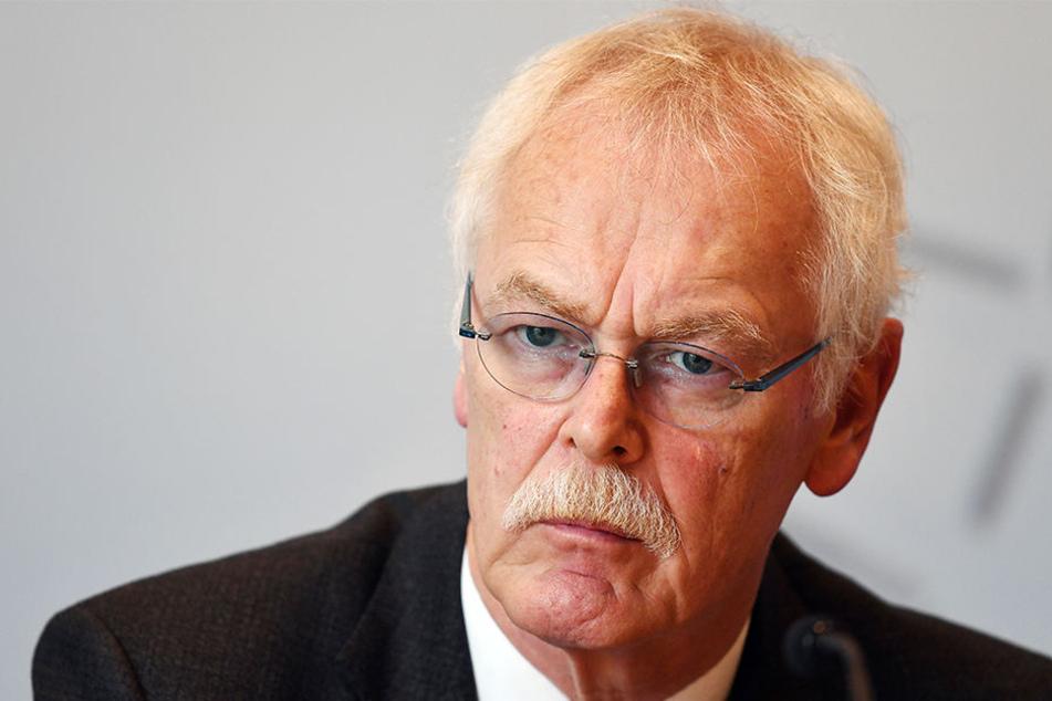 Der DGB-Landeschef Andreas Meyer-Lauber ist anscheinend kein Fan von der schwarz-gelben Landesregierung.