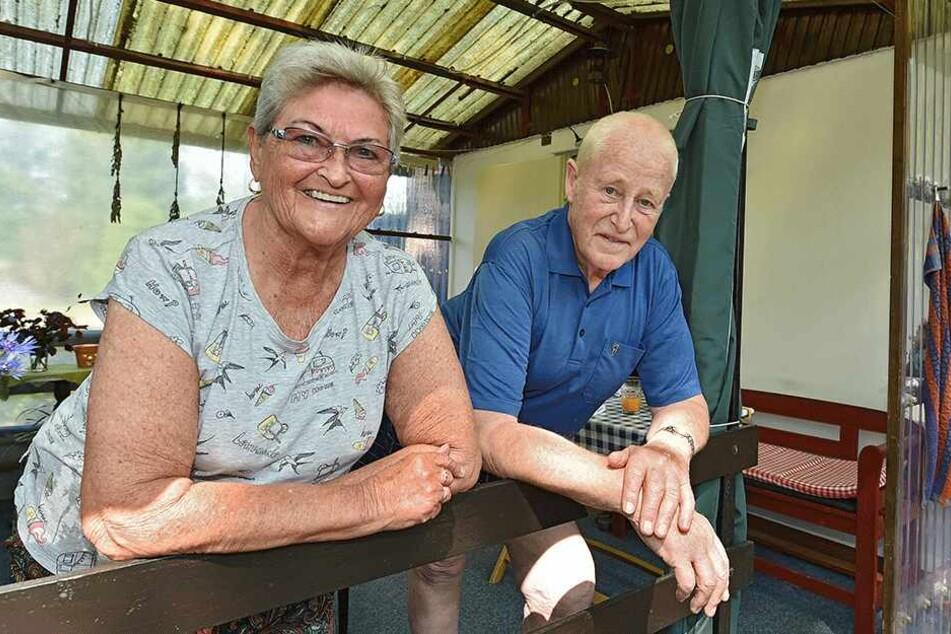Für 9000 Mark: Peter Ehnert (80) hatte mit seiner Frau vor 36 Jahren den Bungalow gekauft.