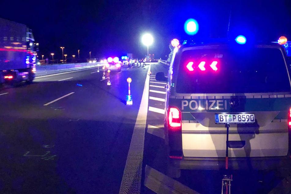 Auf der Autobahn 9 ist es in Bayern zu einem schrecklichen Unfall gekommen.