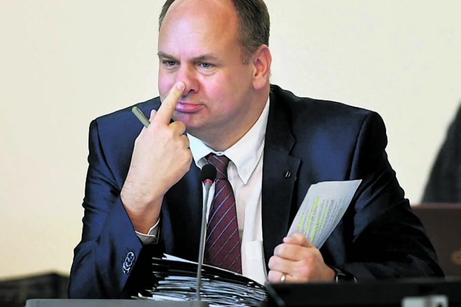 Will sich nicht reinreden lassen: OB Dirk Hilbert (47, FDP).