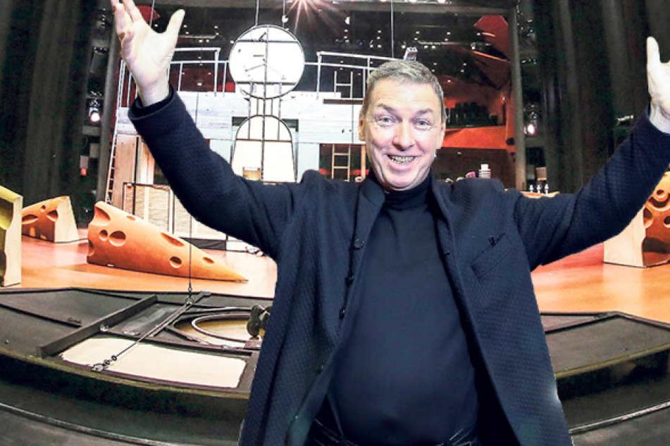 Intendant Wolfgang Schaller (65) ist erleichtert, dass nach dem Wasserschaden nun wieder in der Operette gespielt werden kann.
