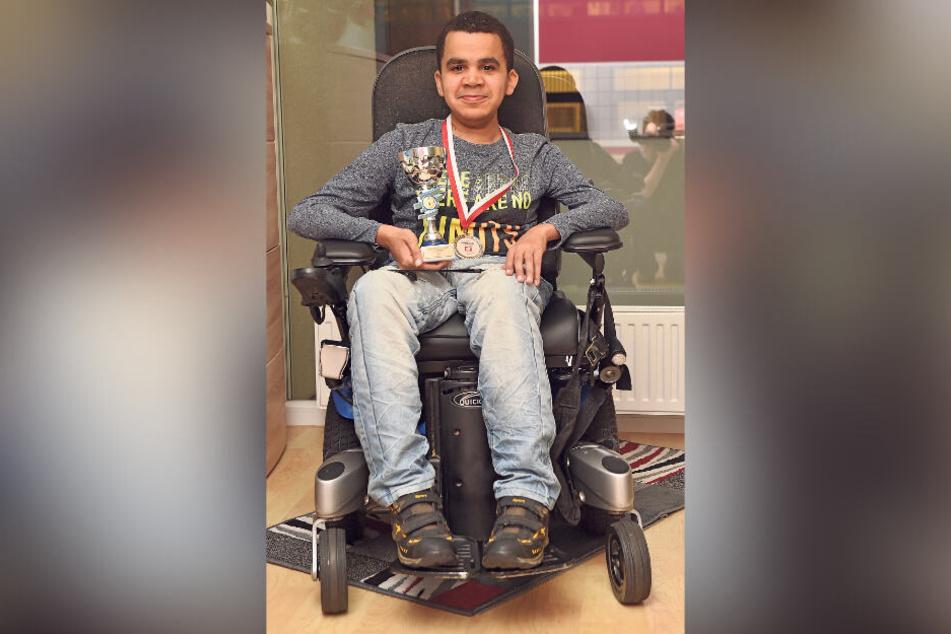 Der Dresdner Acacio Cossa (30) leidet an Muskeldystrophie. Mit seinem Sport ist er erfolgreich, fand neue Freunde und Selbstvertrauen.