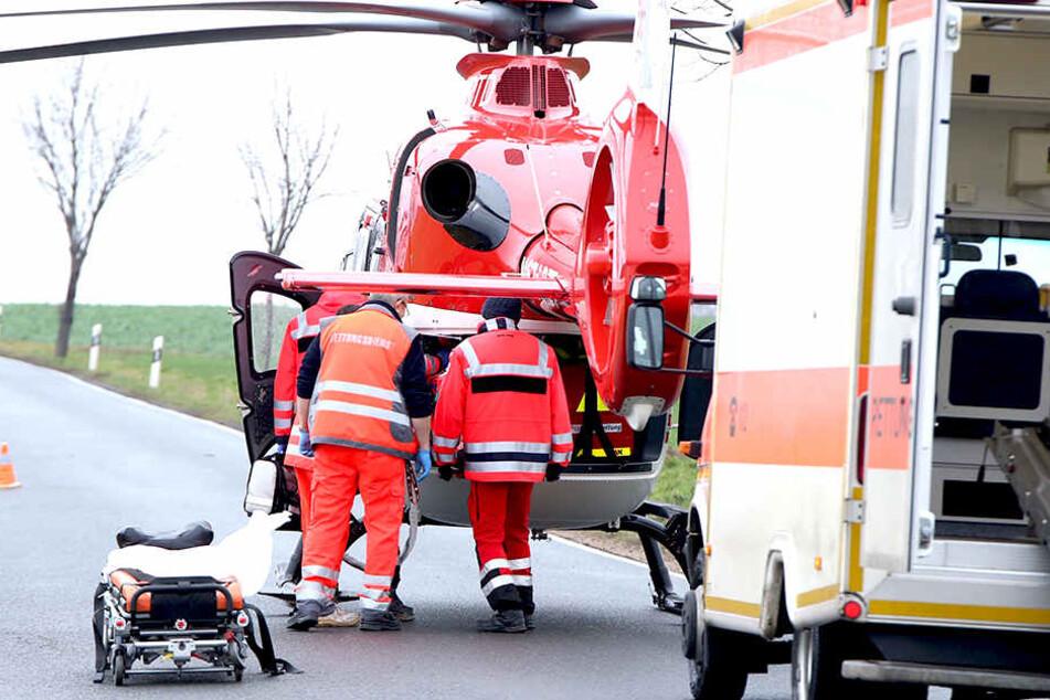 Mit einem Helikopter musste der Verletzte ins Krankenhaus.
