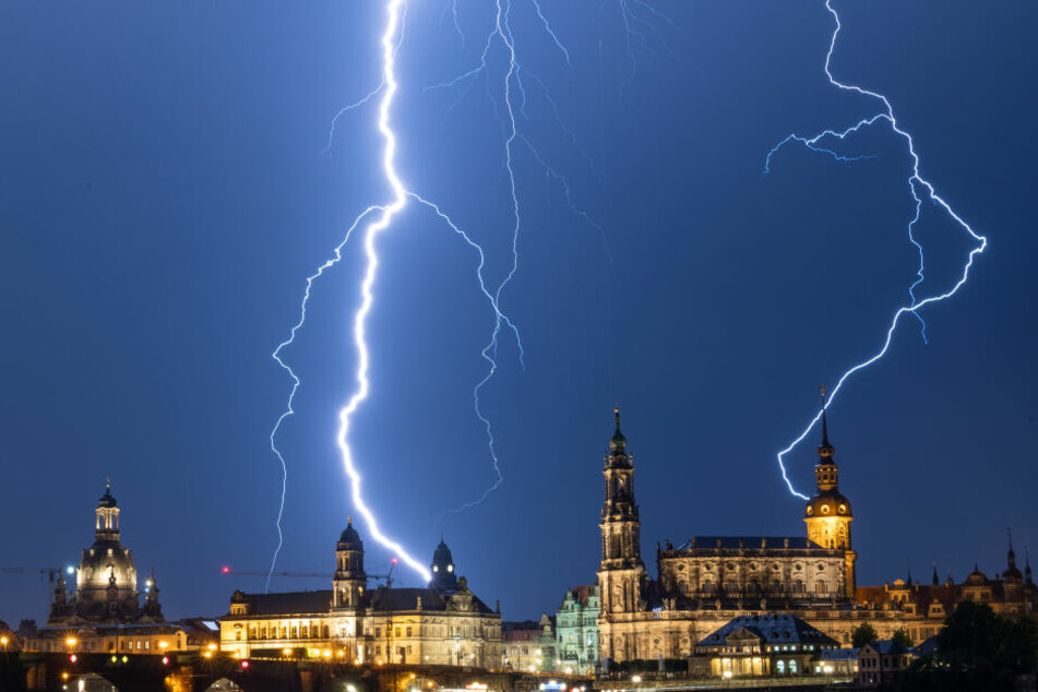 In der Nacht zu Dienstag hatte es über Dresden heftig gewittert.