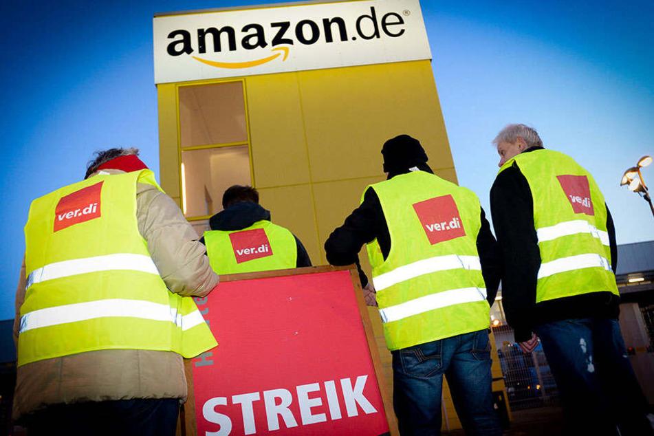 Auch am Montag streiken die Mitarbeiter von Amazon. Die Gesellschaft Verdi fordert die erneute Aufnahme von Tarifverhandlungen.