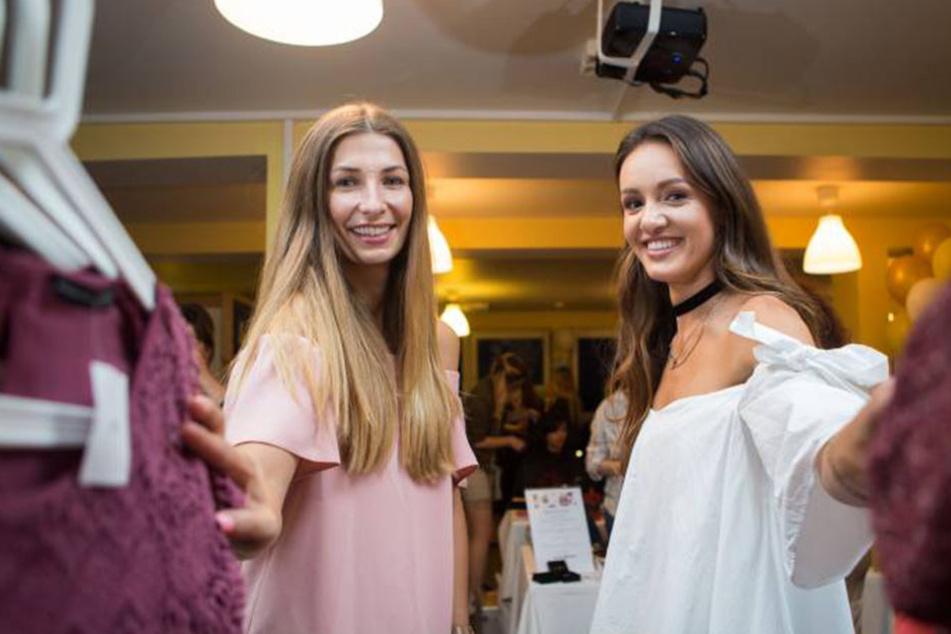 """Ex-""""Miss Sachsen"""" Linda Eberlein (28, li.) startete den ersten Klamottenflohmarkt  für Freundinnen."""