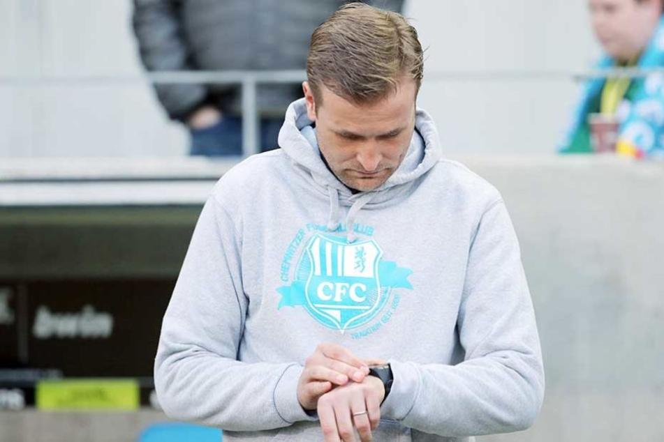Die Uhr tickt unaufhörlich: Läuft für David Bergner und seinen CFC schon heute die Zeit in der 3. Liga endgültig ab?