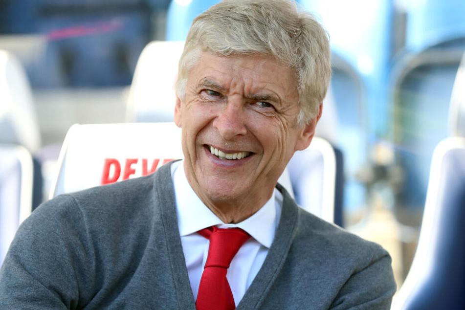 Arsène Wenger ist als neuer Bayern-Trainer offenbar noch im Rennen. (Archiv)