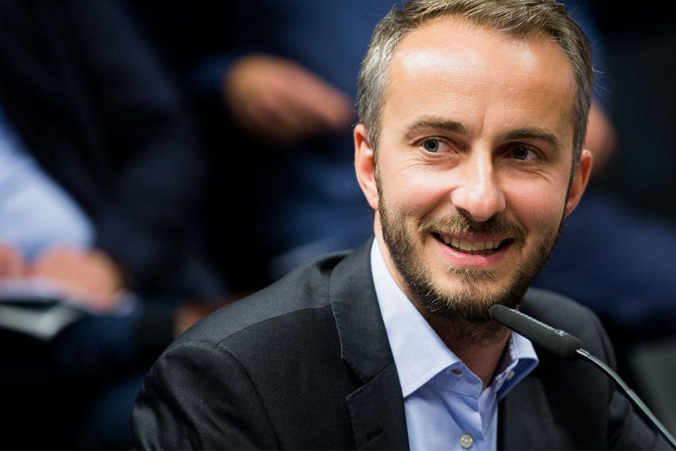 Die einen lieben ihn, die anderen hassen ihn: Jan Böhmermann wird im September nach Leipzig kommen.