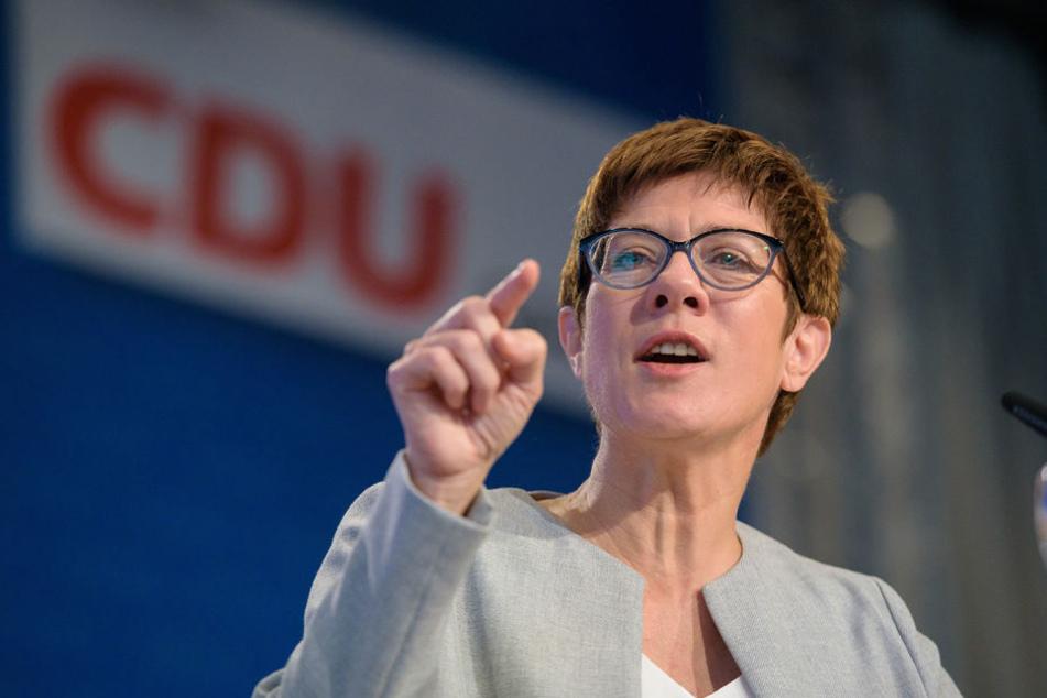 Annegret Kamp-Karrenbauer (55) beim Landesparteitag in Saarbrücken.