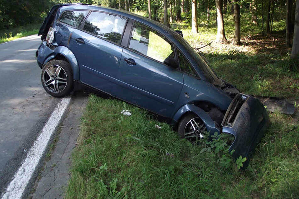 Der Audi A2 des 20-Jährigen ist total demoliert.