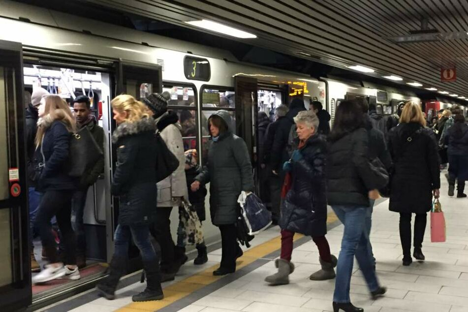 Die Schäden im U-Bahn-Tunnel wurden durch Grundwasser verursacht.