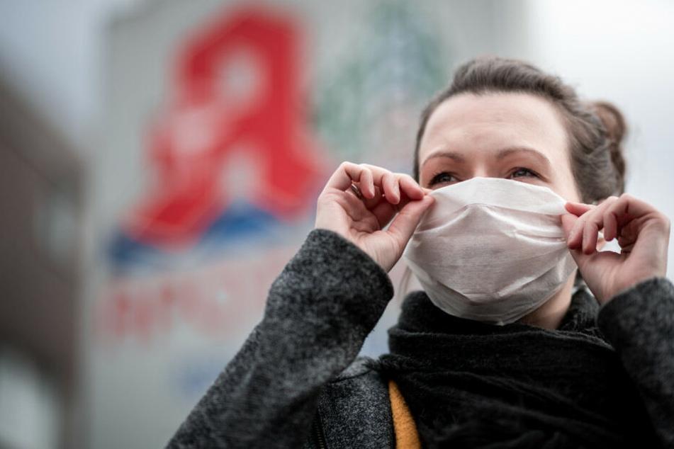 Coronavirus: Neuer Verdachtsfall in Berlin, Probe auf dem Weg in die Charité!