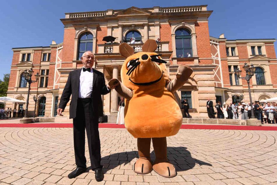 """Armin Maiwald und die Maus aus """" Die Sendung mit der Maus"""" kommen zum Beginn der Bayreuther Festspiele 2019."""