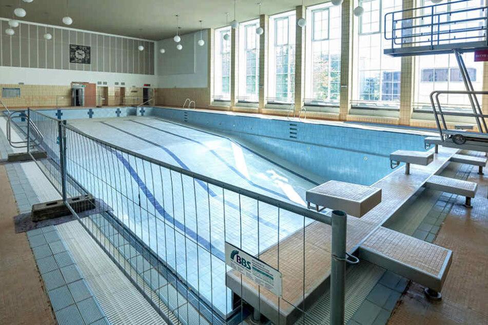 Chemnitzer Stadtbad, 25-Meter-Becken. Wann das wieder zugänglich ist, steht  noch nicht fest.