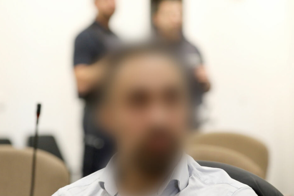 "Mordprozess wegen ""Bestrafungsaktion"": Mutmaßliche Hells Angels angeklagt"