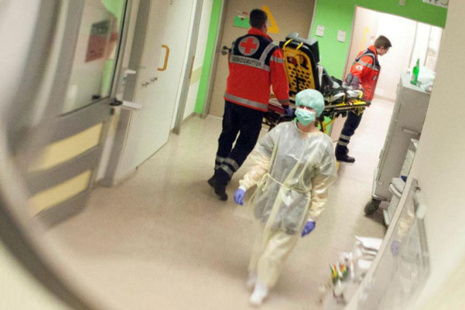Auffallend ist, dass unter den Notfall-Patienten überproportional viele Menschen mittleren Alters sind.