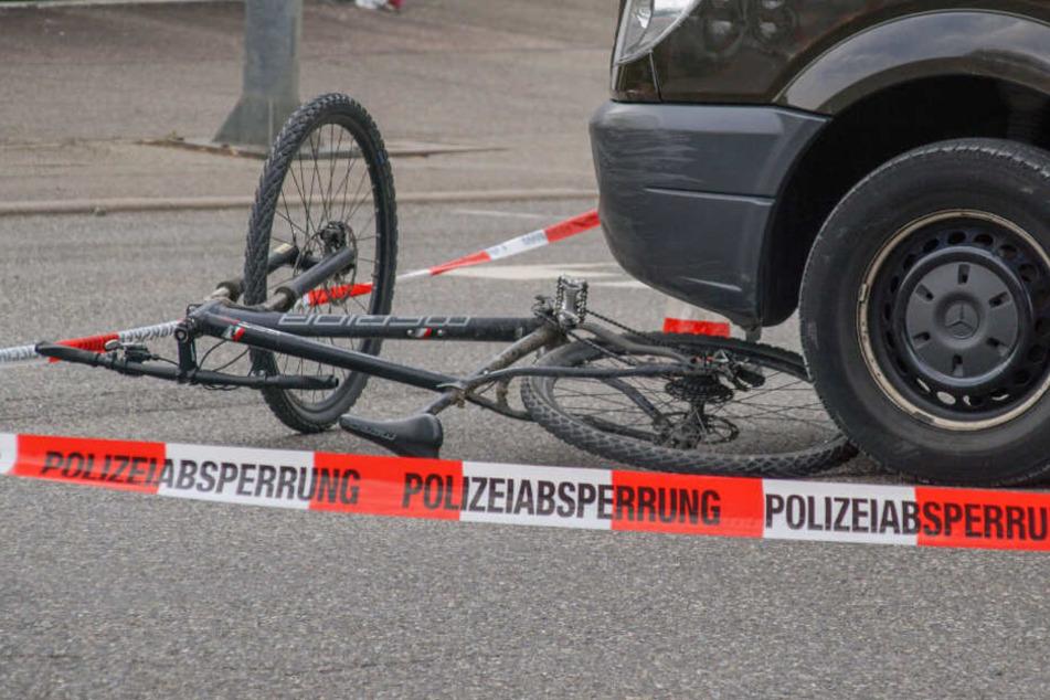Auslöser des Streits war ein Unfall zwischen dem Fahrrad-Fahrer und dem Transporter.