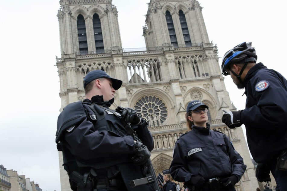 In Paris wurde ein Mann von der Polizei erschossen. Jetzt ist ein Video mit einem IS-Treueeid aufgetaucht. (Symbolbild)