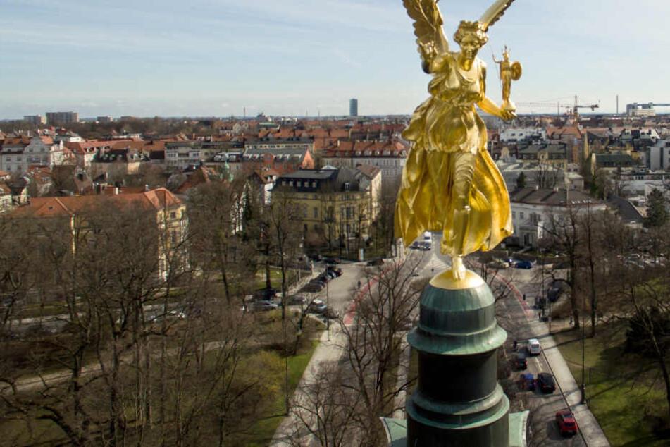 In München wird es am Wochenende sehr sonnig - und ebenfalls warm. (Symbolbild)