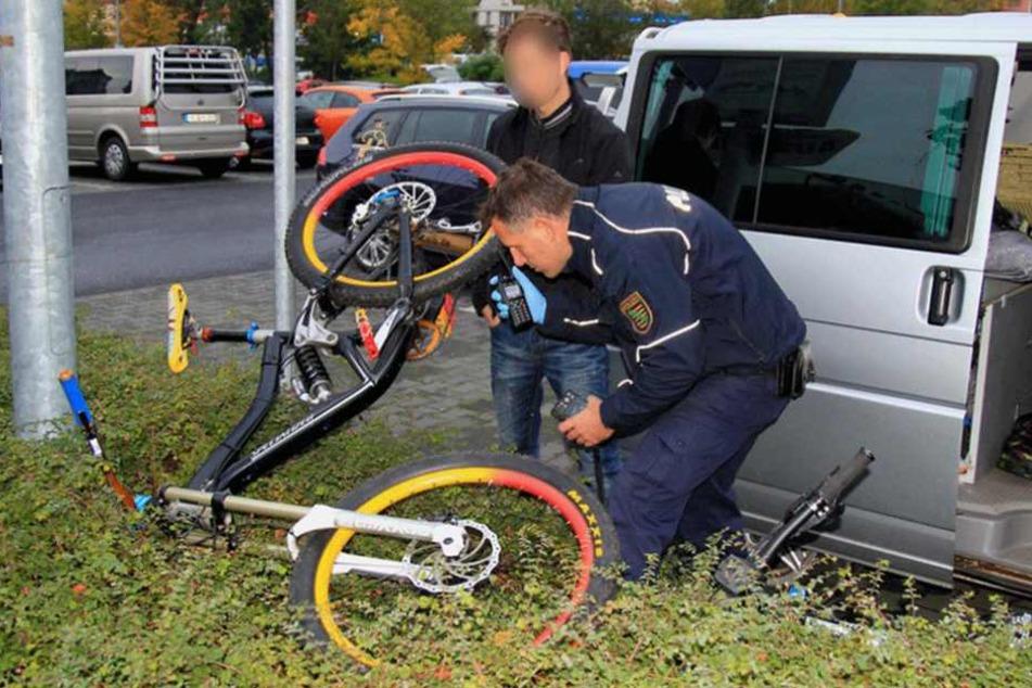 Hochpreisige Bikes fanden sich ebenfalls im Auto des Ganoven.