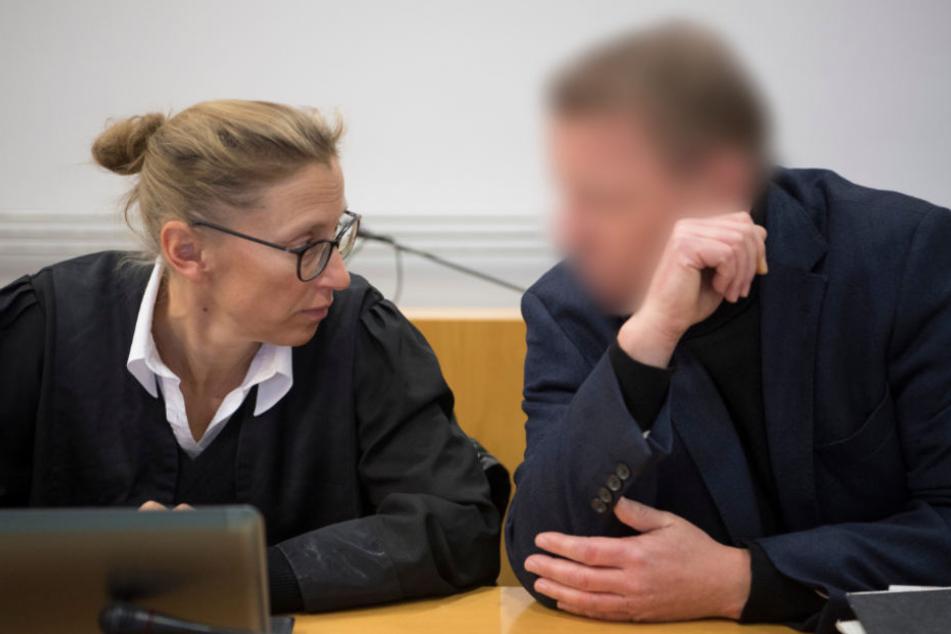 Neue verstörende Details: Ehemann schlägt Frau blutig und zündet sie an